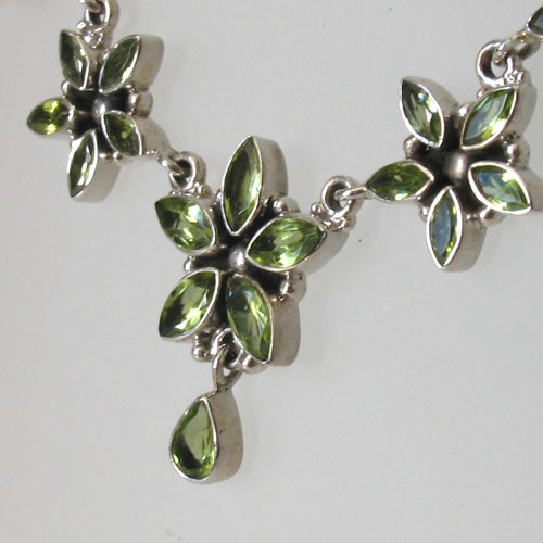 Peridot Star Flower Necklace Monica