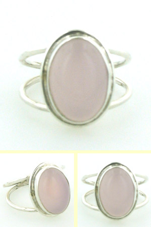 Rose Quartz Ring Bazille