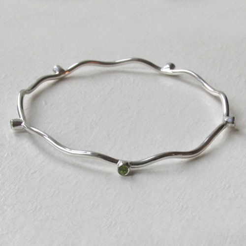 Sterling Silver Wave Bangle Gwendoline With Peridots