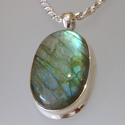 Labradorite Pendant Monique