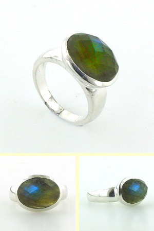 Labradorite Ring Monet