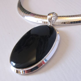 Black Onyx Pendant | Gemstone Jewellery