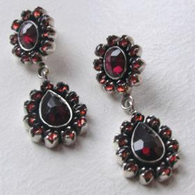 Garnet Earrings Valentina