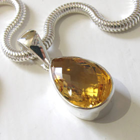 Citrine Pendant Dawn