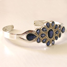 Iolite and Sterling Silver Bangle Carmen