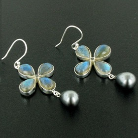 Labradorite & Black Pearl Earrings Elizabeth