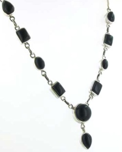 Black Onyx Necklace - Boothandbooth.co.uk