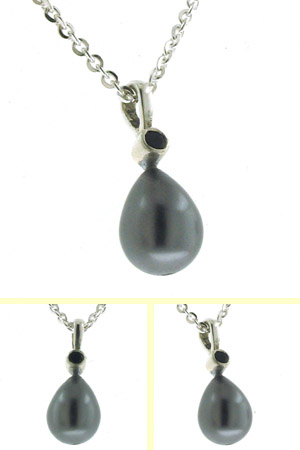 Black Pearl Pendant Grace