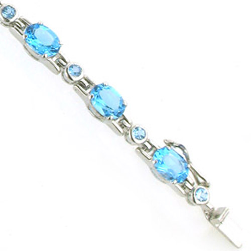 Swiss Blue Topaz Bracelet Margot