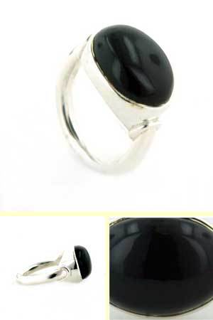 Black Onyx Ring Cezanne