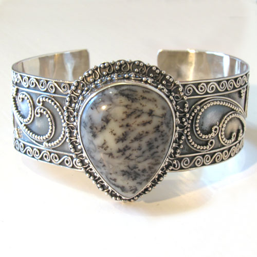 Sterling Silver and Dendritic Agate Bangle Jacinta