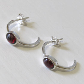 Garnet Earrings Julia