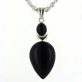 Black Onyx Pendant Hilary
