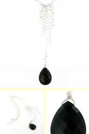Black Onyx Pendant Necklace Dee