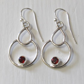 Garnet Earrings Eliza